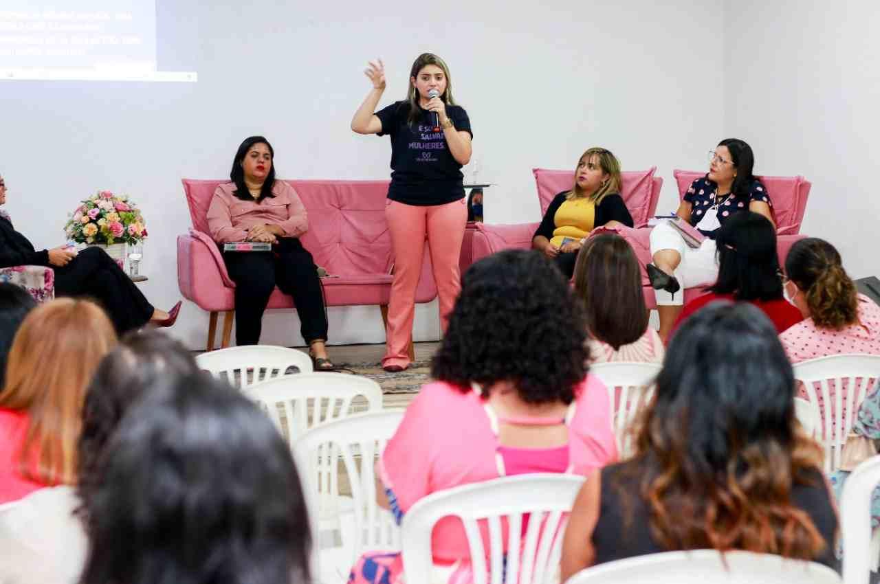 Participaram da ação, na tarde de sábado (28), cerca de 370 lideranças femininas da região | © Cortesia