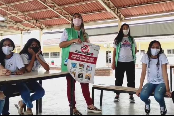 Saúde de Murici durante ação de conscientização em escolas do município –© Reprodução