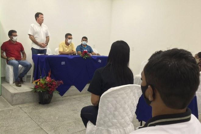 Prefeito, Neno Freitas, durante reunião da PPA –© Assessoria