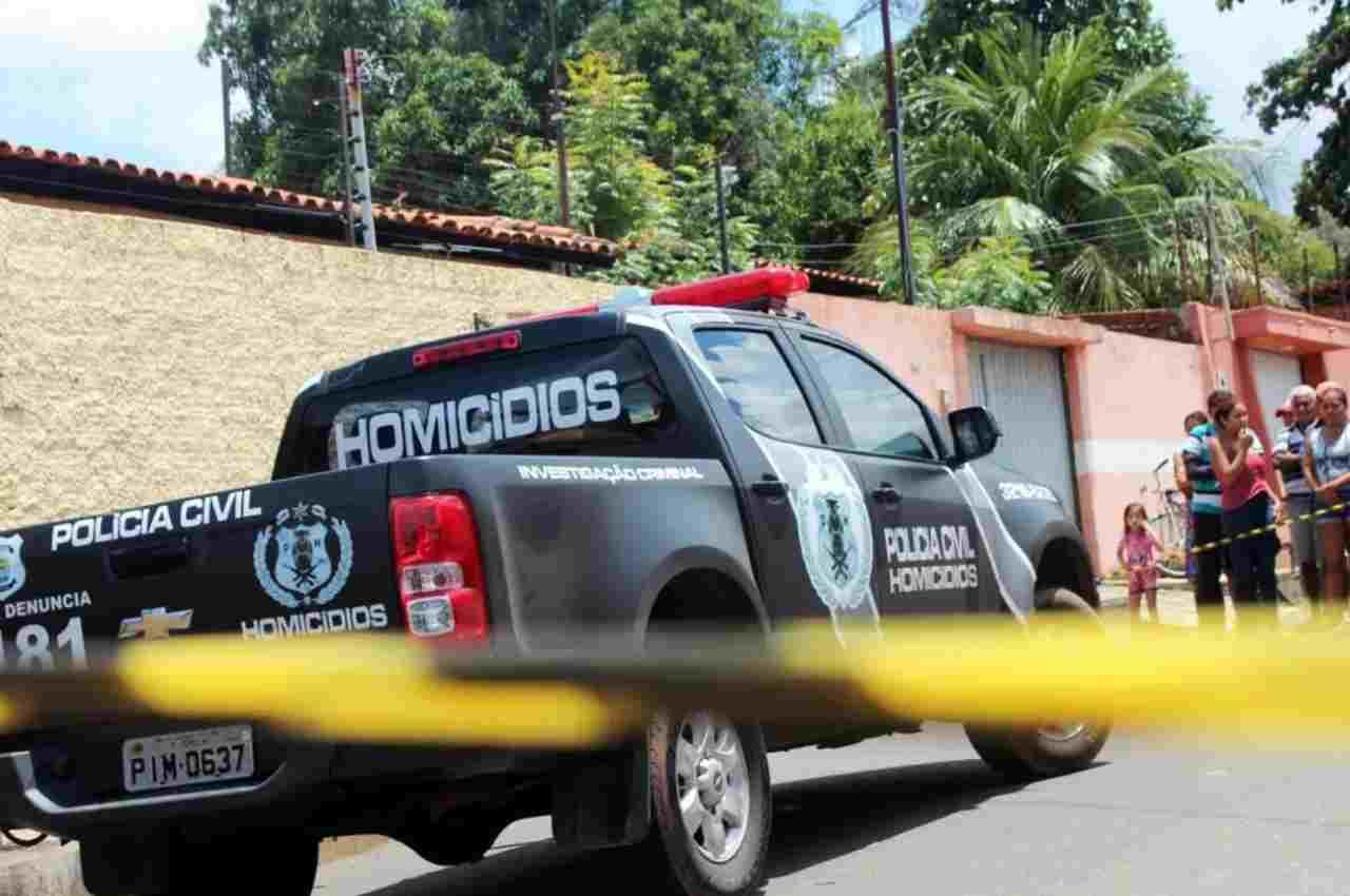 Polícia Civil em cena de crime | © Andrê Nascimento/G1