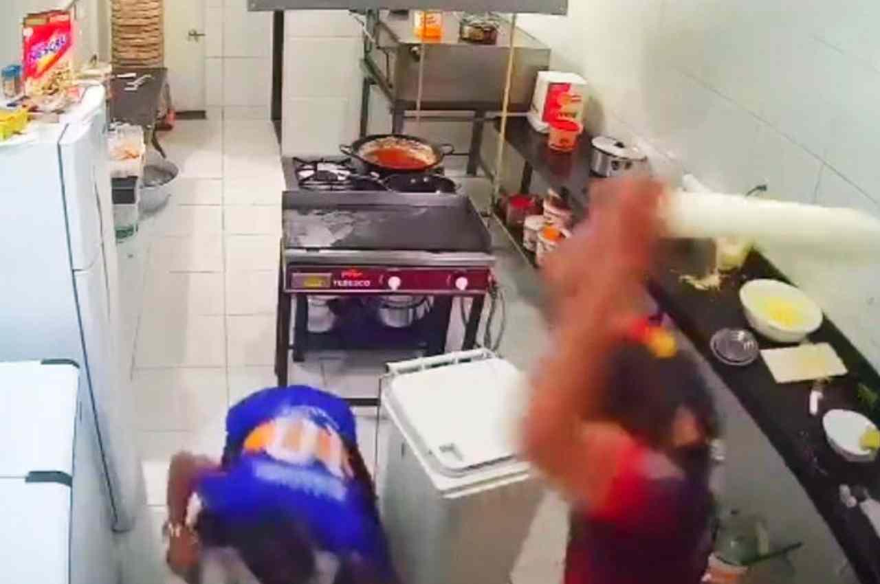Vítima de assalto usa rolo de pizza e atingiu a cabeça do criminoso | © Reprodução